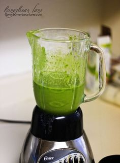 This recipe for a green smoothie is zero WW points and is easy and SUPER healthy!  Drink 8 oz each day as a meal replacement for weight loss!