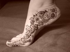 50 Intricate Henna Tattoo Designs | Cuded