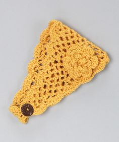 Crocheted headband ( I want to learn to crochet again! Then I can make Miranda a bunch of stuff :) )