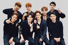 Find images and videos about kpop, exo and baekhyun on We Heart It - the app to get lost in what you love. Kpop Exo, Baekhyun Chanyeol, Exo Mitglieder, Exo Kai, Park Chanyeol, Lay Exo, Girls Generation, K Pop, Got7