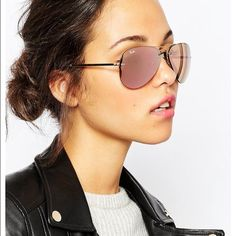 rose gold ray ban aviators  Pink rose Ray-Ban aviator sunglasses with gold frames