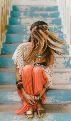 @Melissa Spivak. Darcy I need you to take a pic of me like this in Greece :) #boho #bohemian #bohemio