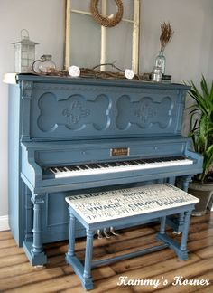 Kammy's Korner: My Painted Piano With Subway Art Bench - if I ever get the nerve to paint or refinish my paino.