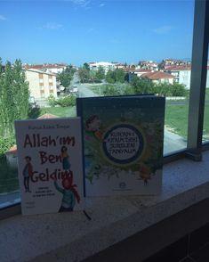 """Çocuklu Dünya on Instagram: """"🥰Anne -oğul okuma vakti🥰  Bir çok Kuran-ı Kerim ve sureleri anlatan kitap temin edip okuduk. İçlerinde şu ana kadar  çocukların seviyesinde…"""" Cover, Books, Instagram, Libros, Book, Book Illustrations, Libri"""