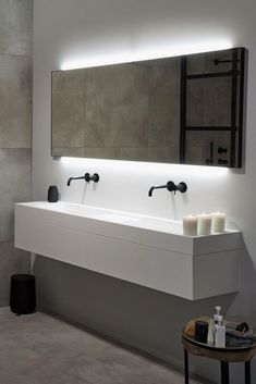 diy bathroom remodel ideas is enormously important for your home. Whether you pick the bathroom towel ideas or bathroom renovations, you will create the best bathroom remodel shiplap for your own life. Vintage Bathroom Decor, Modern Bathroom Design, Bathroom Interior Design, Modern Design, Bathroom Designs, Bathroom Ideas, Bathroom Toilets, Bathroom Faucets, Master Bathroom