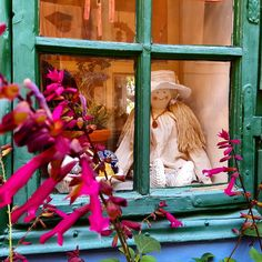 #goldenlane #Prague #flower #doll