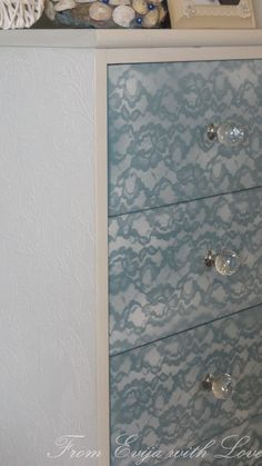 Have you ever wondered how to get a beautiful lace pattern on your furniture? Follow these simple steps to transform old and dull furniture and have a delivcate lace pattern on your furniture