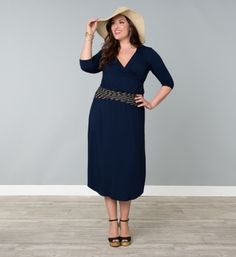 Love this new @Yvonde Horton Clothing dress - include 2 detachable belts to switch up the look #plussize
