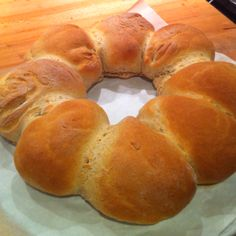 Fresh home made bread rolls for the kids lunchboxes...love the smell of bread baking #thermomix recipes