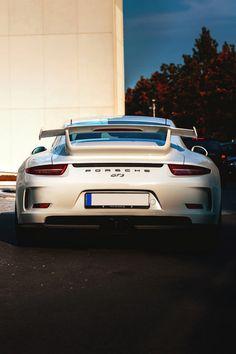 supercars-photography:  Porsche GT3 991 (via) Sp