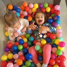 Pack-n-play + plastic balls = DIY ball pit and hours of fun! This mom hack brought to you by contributor Kathryn.  #Memphis #memphismoms #MMBKathrynJ #momlife #momhack #protip #parenting #diy