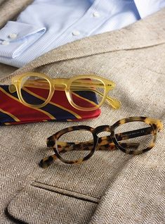 Semi-Square Frame in Yellow and Dark Tortoise