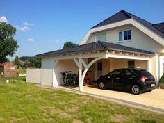 Walmdach Carport am Haus Solarterrassen & Carportwerk GmbH