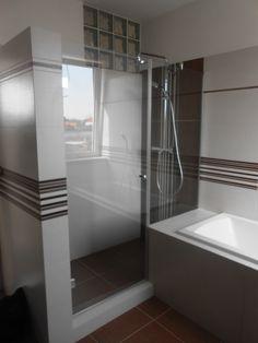 Glass wall Sprchový kút zo skla so sprchovými dverami, krásny design #sprchovykut #sprchovacikut #sprchovekuty #sprchovaciekuty #glass #shower #glasswall