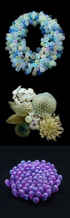Wearable Textile Sculptures by Artist Mariko Kusumoto Sculpture Textile, Sculpture Art, Coral Design, Colossal Art, Textiles, Body Adornment, Textile Artists, Wire Art, Art Plastique
