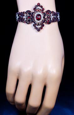 wow gorgeous  An Exquisite Victorian Era Renaissance Revival Antique Garnet Bracelet