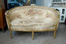 Louis XVI Style Carved and Gilt wood Canapé, Art Deco Furniture, Unique Furniture, Shabby Chic Furniture, Vintage Furniture, Furniture Design, European Furniture, French Furniture, Classic Furniture, Victorian Home Decor