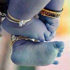 Krishna Janmashtami Wishes, Images, Qoutes, And Messeges Baby Krishna, Little Krishna, Krishna Leela, Jai Shree Krishna, Cute Krishna, Radha Krishna Love, Radhe Krishna, Lord Krishna Images, Radha Krishna Pictures