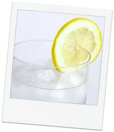 Dink more fluids! How to Look Good Naturally: 10 DIY Natural Skin Care Remedies