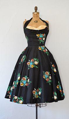 vintage 1950s GARDEN VISTAS dress by Adored Vintage | #1950s #50s #vintagedress
