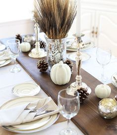 Simple, neutral mix of holidays - love it!