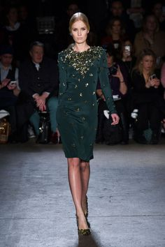 Christian Siriano Fall 2014 #nyfw | jewel tones on the runway | long sleeved, knee-length, shift dress in emerald green with gold embellishment and studding