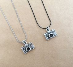 Unisex Silver Plated Camera Charm Photography Necklace