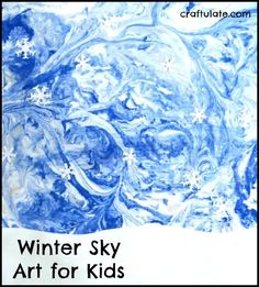 This winter sky art for kids is so beautiful! Winter Sky Art for Kids - using a marbling technique