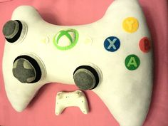 Hey, I found this really awesome Etsy listing at https://www.etsy.com/listing/117991422/giant-xbox-360-handmade-controller