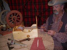 HistoricalTrekking.com :: View topic - Box tape loom, paddle loom, backstrap