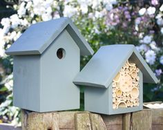 The Birds and the Bees. Been getting awkward questions from the kids? Finally, an easy way to explain about the birds and the bees! This set comes Mason Bees, Types Of Insects, Bee House, Bee Gifts, Different Birds, Birds And The Bees, Bird Boxes, Natural Wonders, Bird Feathers
