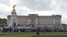 The Changing of the Guard is on the budget list for London. Arrive by 11am to be able to see the guards rather than the crowds. See 30 more tips. http://solotravelerblog.com/affordable-london-31-free-and-low-cost-tips/