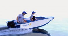From roofrack to water it takes only 60 seconds to get the Quickboat into the water