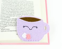 Items similar to Cupcake Bookmark planner bookmark corner bookmark gift for girl, page marker bookworm gifts planner accessories unique bookmark teacher gift on Etsy Origami Bookmark Corner, Felt Bookmark, Corner Bookmarks, Felt Gifts, Felt Owls, Felt Christmas Decorations, Pink Owl, Diy Crafts For Kids, Book Marks