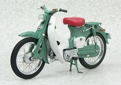 To know more about Honda Super Cub visit Sumally, a social network that gathers together all the wanted things in the world! Featuring over other Honda items too! Vintage Honda Motorcycles, Old School Motorcycles, Honda Scooters, Honda Bikes, Honda Cycles, Vintage Moped, Honda 750, Cafe Racer Honda, Cafe Racing
