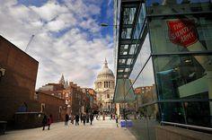 Das Internationale Hauptquartier der Heilsarmee in London. Die Architektur des Gebäudes soll die Transparenz der Organisation widerspiegeln.