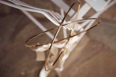 στεφανα γαμου επαργυρα πορσελανης αθηνα θεσσαλονικη ροζ χρυσο ασημενια επιχρυσα λινατσα vintage ξυλινα μεταξωτα ρομαντικα τιμες οικονομικα ελια διχρωμα Wedding Wreaths, Bangles, Bracelets, Our Wedding, Wedding Stuff, Wedding Ideas, Incense, Save The Date, Big Day