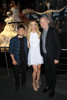 Jennifer Lawrence , Josh Hutcherson and director Francis Lawrence visit The #HungerGamesExhibition.