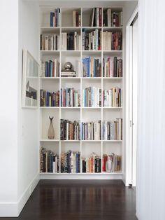 40 фото! Какими бывают книжные полки, и как сделать правильный выбор.— iHouzz.ru
