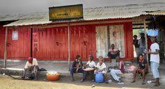 Sierra Leone Eddies Relaxation   por Rob Whittaker Photography