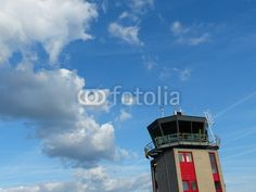Kontrollturm am Luftsportzentrum Oerlinghausen bei Bielefeld im Teutoburger Wald in Ostwestfalen-Lippe