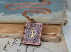 this is the most beautiful locket ever! I love anchors