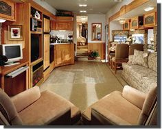 """like the two chairs sitting together and the """"regular' looking chairs to the dining table. Rv Trailers, Vintage Trailers, Travel Trailers, Cool Campers, Rv Campers, Happy Campers, Small Rv, Small Spaces, Vida No Trailer"""