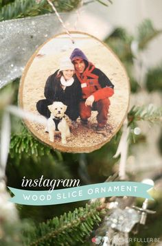 Wood Slice Christmas Ornament | Heartwarming DIY Photo Ornaments To Craft For Christmas