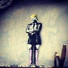Ru Trump Drag Race ! #trump #donaldtrump #Vienna #Austria #banksy #graffiti #rupaul #fishnets #heels #drag