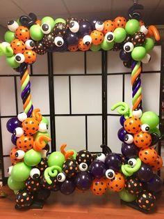 Halloween Balloons, Halloween Party Themes, Halloween Birthday, Baby Halloween, Halloween Crafts, Halloween Decorations, Balloons Galore, Adornos Halloween, Balloon Decorations