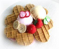Felt Waffle set felt toyfelt foodtoy for kids by LatteFragolina