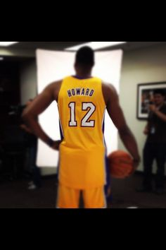 Dwight ^__^ , I absolutely need a Dwight Howard jersey in my life. Like right now.