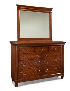 Richmond Traditional Mahogany Dresser and Mirror