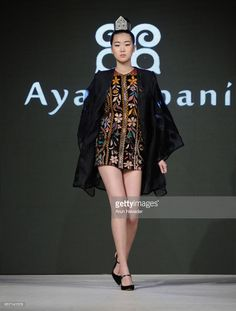 A model walks the runway wearing Aya Bapani at Vancouver Fashion Week Fall/Winter 2017 at Chinese Cultural Centre of Greater Vancouver on March 2017 in Vancouver, Canada. Winter 2017, Fall Winter, Cultural Center, Walks, Vancouver, Centre, Runway, March, Chinese